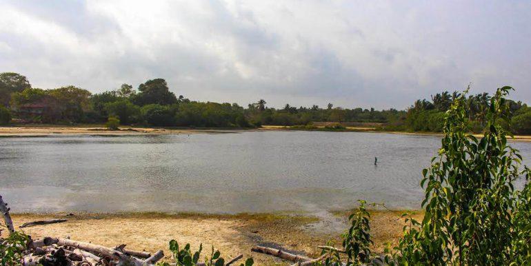 Perfect Beach Plot with Lagoon Views-3-3