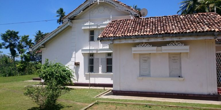 Exceptional-Colonial-Estate-on-Mature-Plantations-3