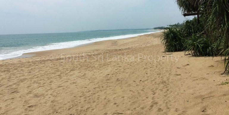 Beach Plot in Rekawa (6 of 8)