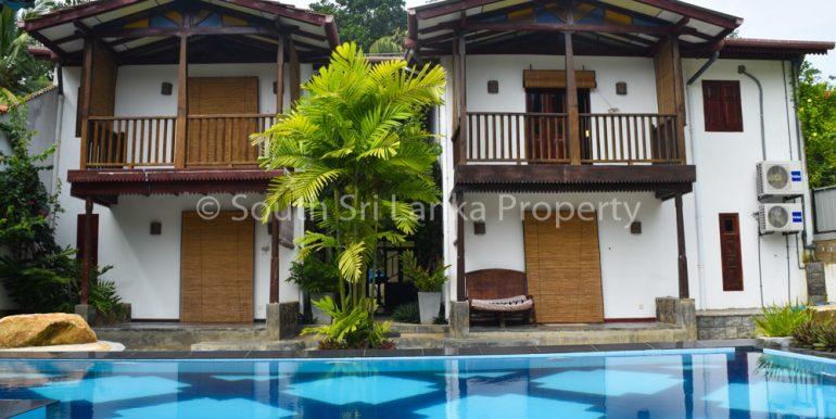 Newly Built Villa in Superb Location-1