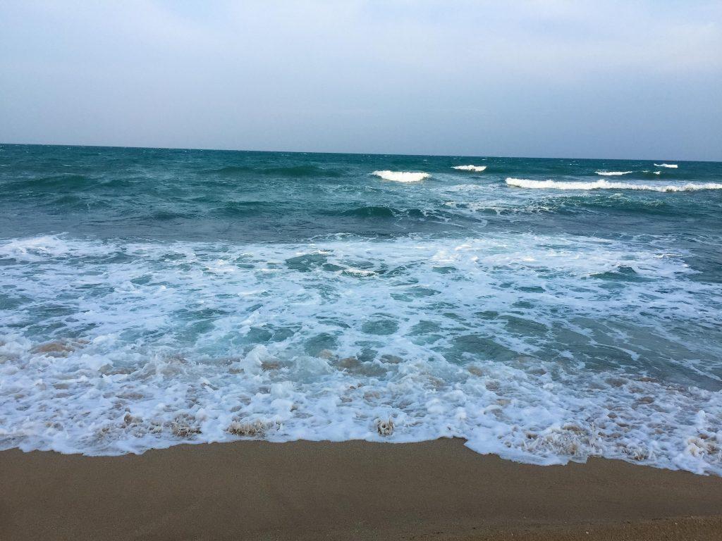 100 P Land On Rekawa Beach 4 Of 5