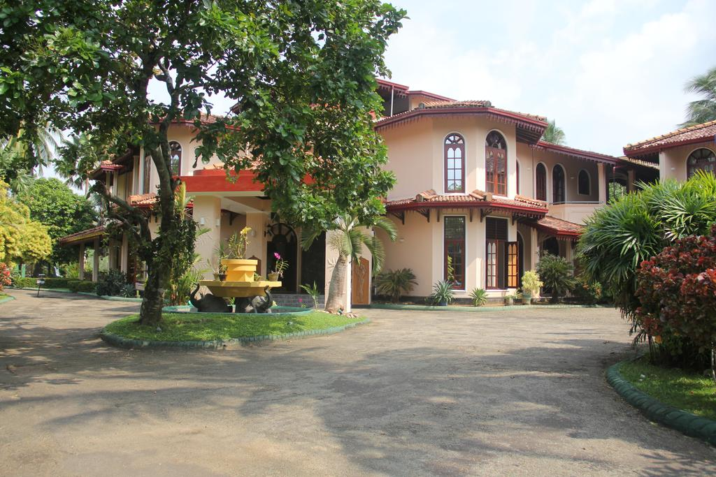 Established Hotel with Superb Rating and Steady Income