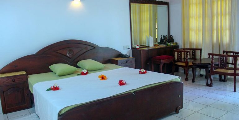 Established Hotel with Superb Rating and Steady Income-6