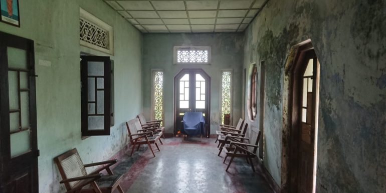 Budget colonial House in Famous Weligama-4