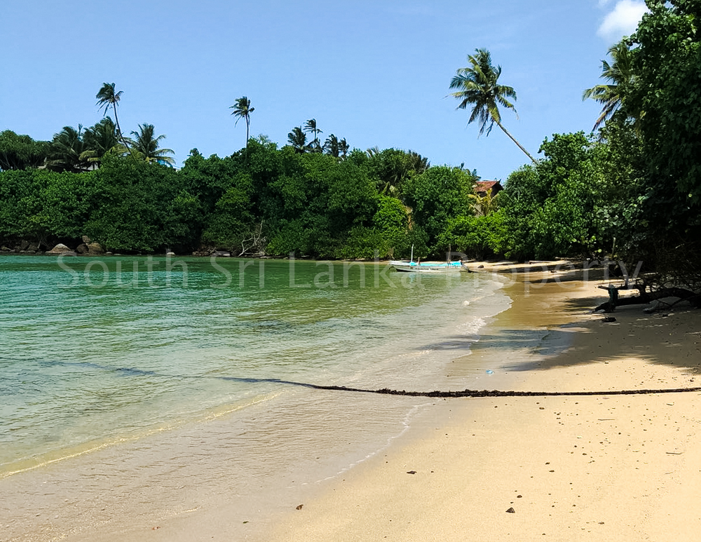 Perfect Beach Plot in Popular Welligama