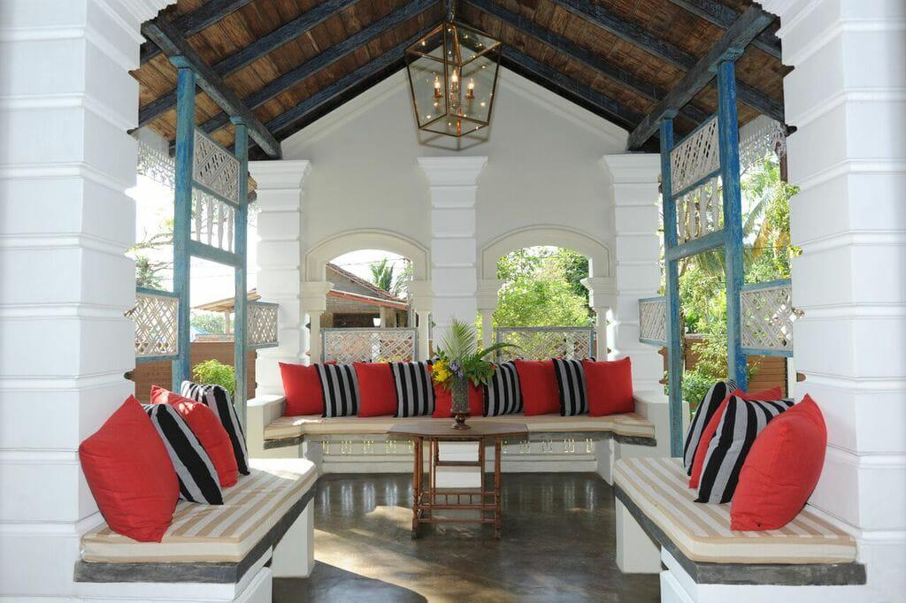 Amazing Refurbished  Colonial House – bargain beyond belief.