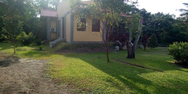 d's lagoon house - exterior