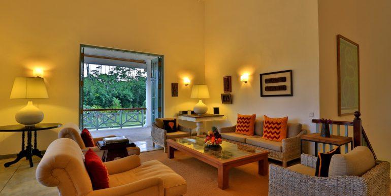 living room CK8A4304