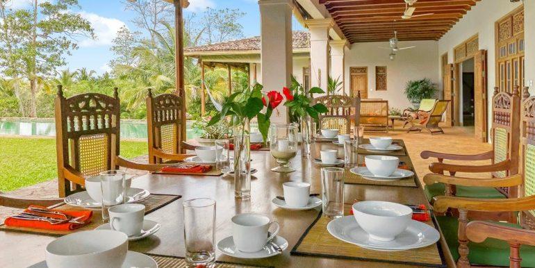 12 Dining area