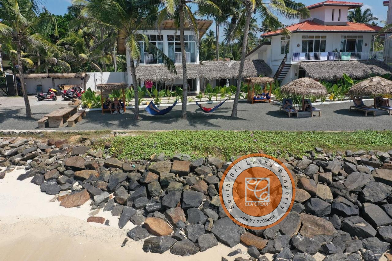 Luxury Beach Front Apartment on the Famous Surfing beach