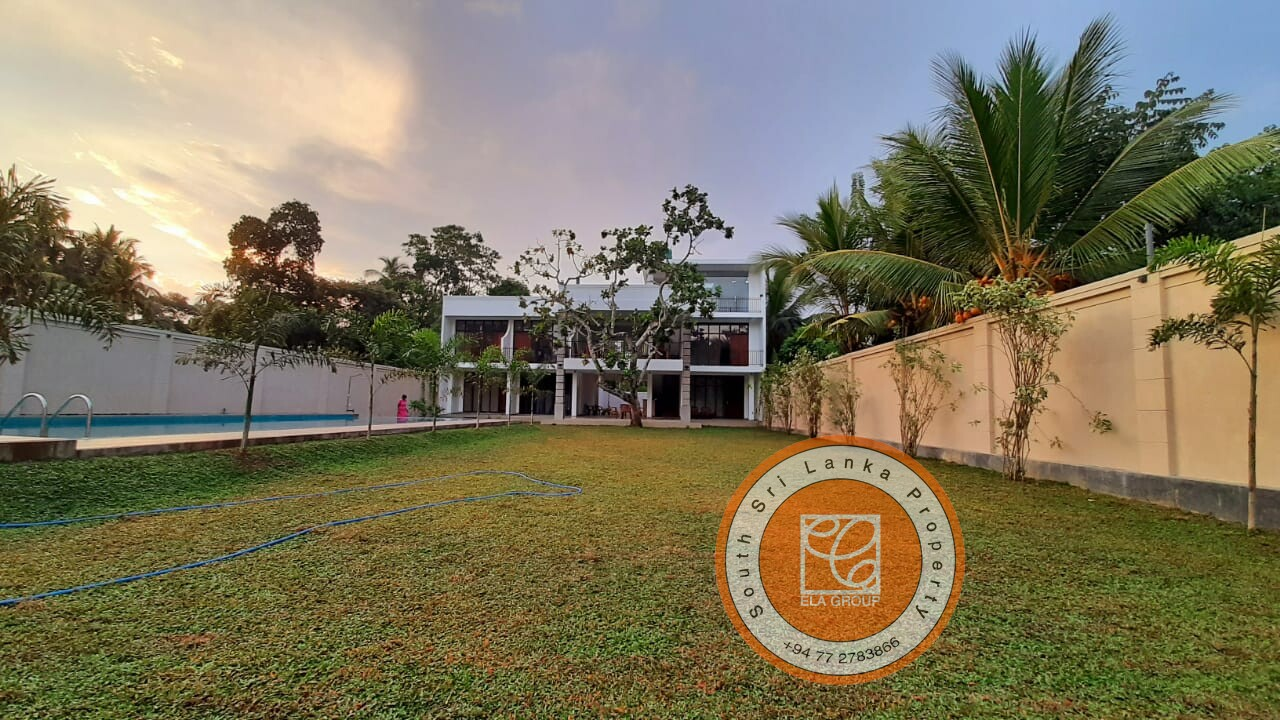 Newly constructed villa for sale in Ahangama